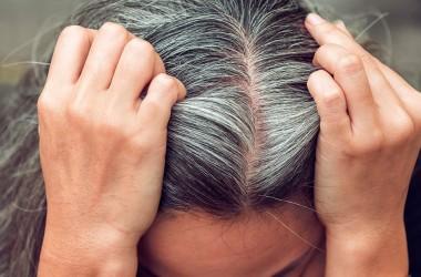 Поради по боротьбі з сивим волоссям